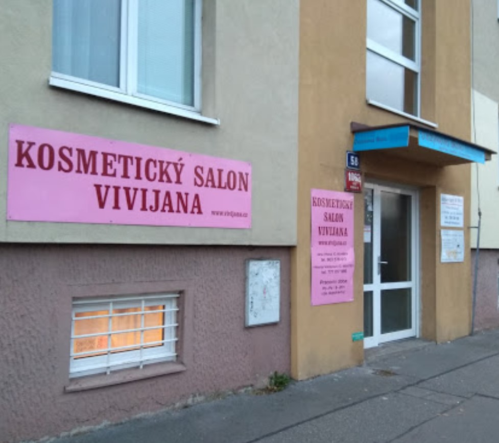 Vchod do salonu Vivijana